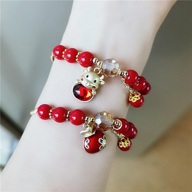 2021 nuovo coreano bella cristallo rosso mucca perline fortunato braccialetti di fascino fortunato alla moda nappa coppia regalo di compleanno regalo di moda gioielli braccialetto