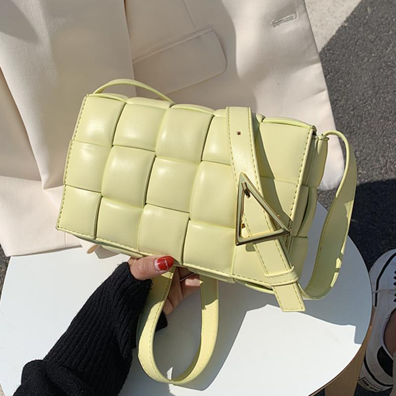 Kleine Weave Flap Taschen für Frauen 2020 neue gute Qualität Art und Weise PU-Leder-Schulter-Umhängetasche Tasche Weibliche Handtaschen Sac a Haupt Femme