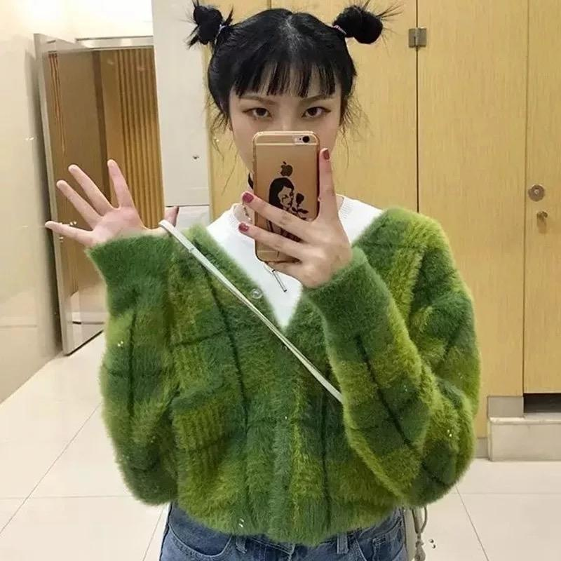 Harajuku Fuzzy Green Plaid Cardigan con botón frontal Mujeres Cardigan Suéter / 201127