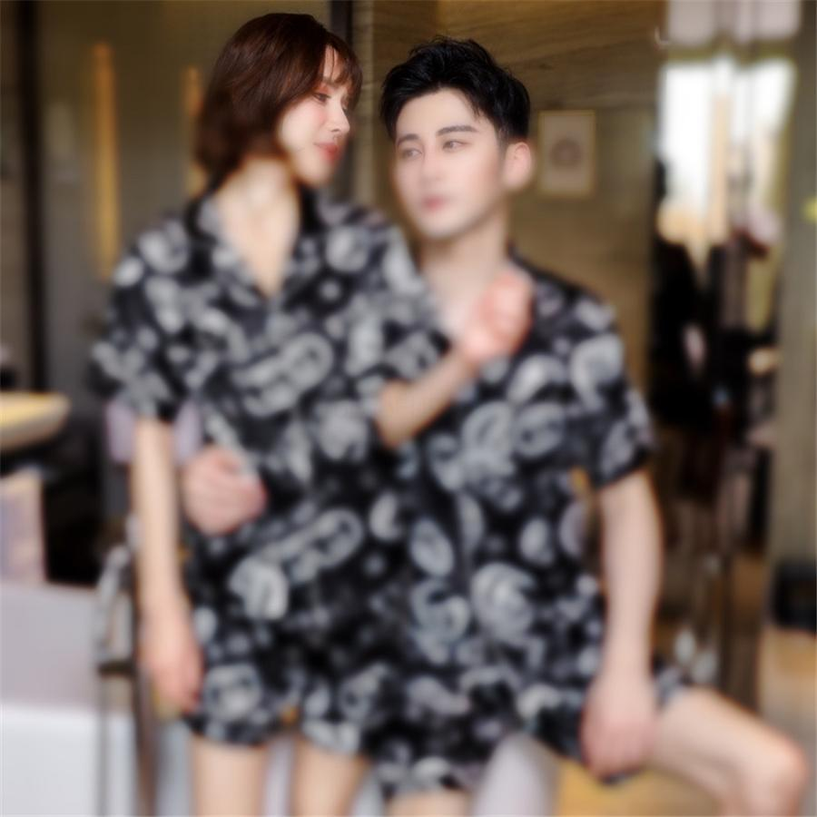 Vente chaude Silk Silk Silk Femmes Pyjamas Dormir Accueil Casual Cool Cool Confortable Imprimé Floral à manches courtes Pajamas # 69911111