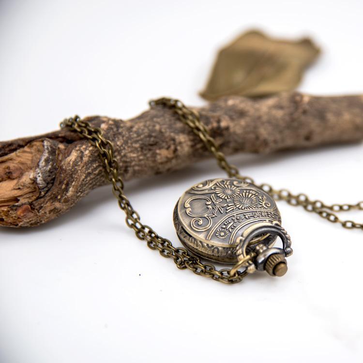 5 modell 50 stücke stein englisch kinder geschenk neue kleine gute glück stern tasche uhr halskette vintage schmuck großhandel koreanische pullover kette wat