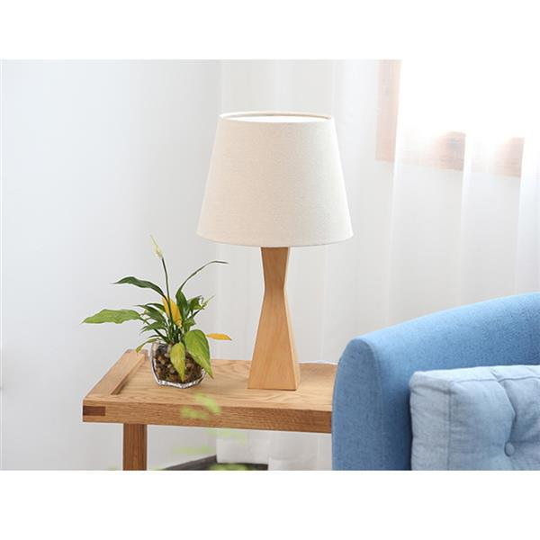 Hot sale Concise Modern Style Table Lamps High-grade materials Creative Fashion Eye Protection Table Lamp with Light Source US Plug