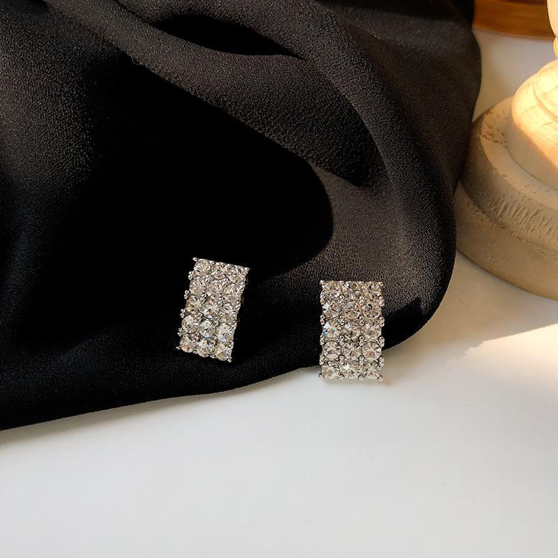 Шпильки S925 Игольчатые ювелирные изделия Серьги, продающие Bling Высокое качество Чистый кристалл для девочкой леди Party Gifts