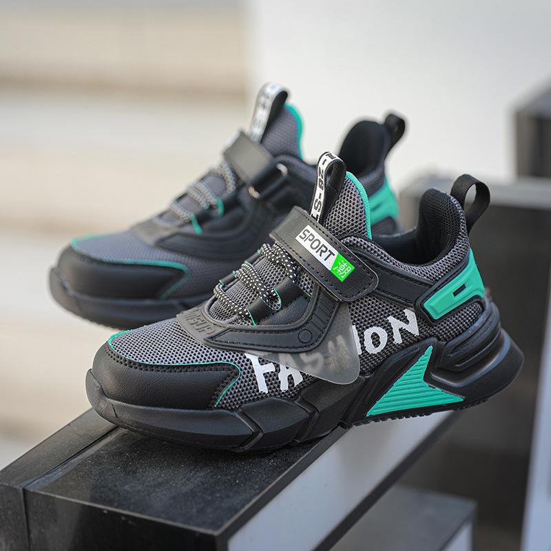 Kinder-Laufschuhe Jungen Basket Turnschuhe Breathable Sommer Outdoor-Sport-Trainer-Schuhe Kinder-Walking-Schuhe für Mädchen Schuhe