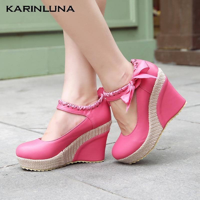 Karin 2020 Dropship Grandi Dimensioni 43 dolce donne pompa cunei punta rotonda piattaforma Butterfly-nodo primavera / autunno casuale della donna scarpe