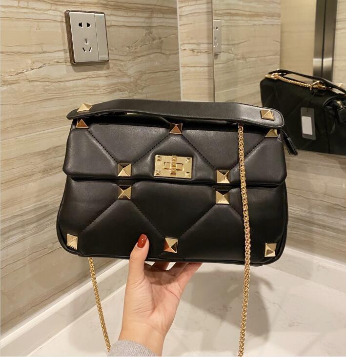 Calidad Hot Chain Bag Messenger Luxury Designer Top New Ladies Style Moda Mujer Original Bolsos Hombro Rivet Handbag BVOIQ