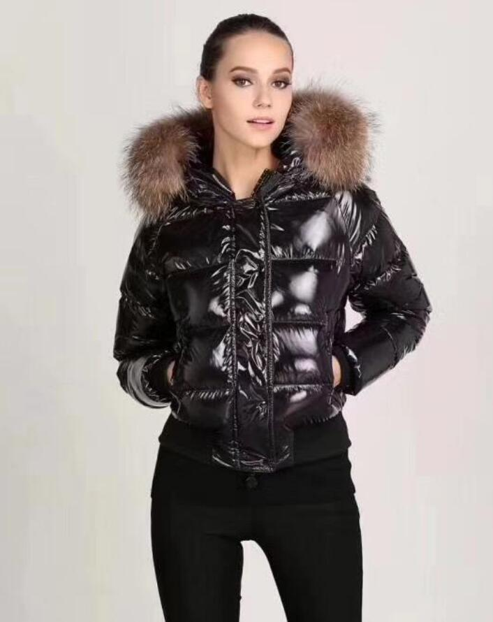 Le donne stilisti La lucida piumino invernale donne vestono Giù cappotto reale Raccoon Pelliccia staccabile collare cappuccio parka Doudoune