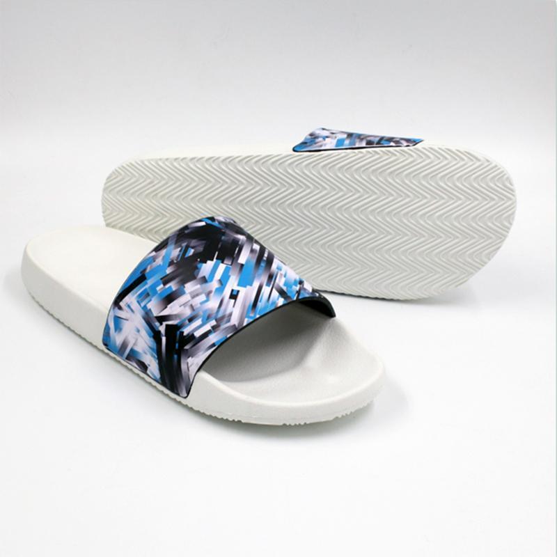 2021 Мода Trend Mens Крытые тапочки Пляжная Обувь Повседневная буква Тапочки Мода Мужчины Watermark Обувь US5-9 Бесплатная Доставка