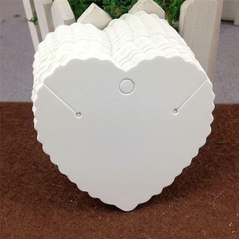 100 pcs / lot boucles d'oreilles en forme de coeur collier carte carton de papier kraft à la main pour la mode charme de bijoux carte d'emballage