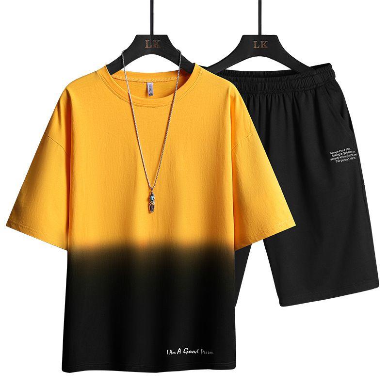 2021 Новый летний трексуит мужская футболка шорты 2-х частей набор беговые спортивные костюма пара мужчин одежда мода эластичная талия Бермудская в кискулина 80C