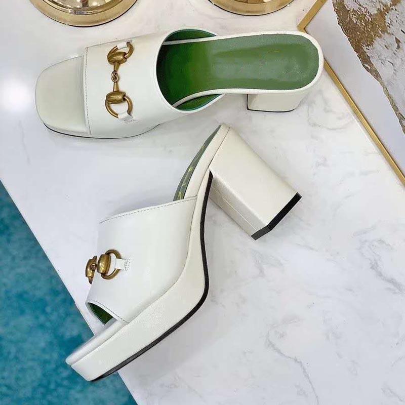 Chaussures à talons hauts épais épais avec boucle en métal et pantoufles Sandales de mode blanc Été Chaussures pour femmes Fairy Black Femme Height He