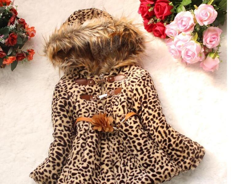 Top Shipping New Girls 'Exterior Comércio Inverno Casaco Meninas Maomaopin pérola pingente casaco de alta qualidade Maomaocoat