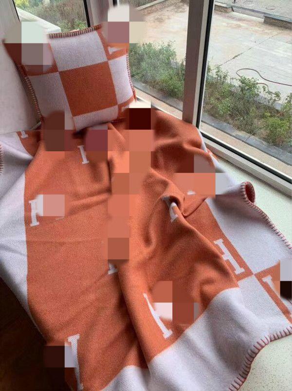 TOP LÃ quailty 1Set H cobertor e almofada laranja Lã Shawl Portátil Quente Plaid Sofá-cama malha Lance Towell do Cabo