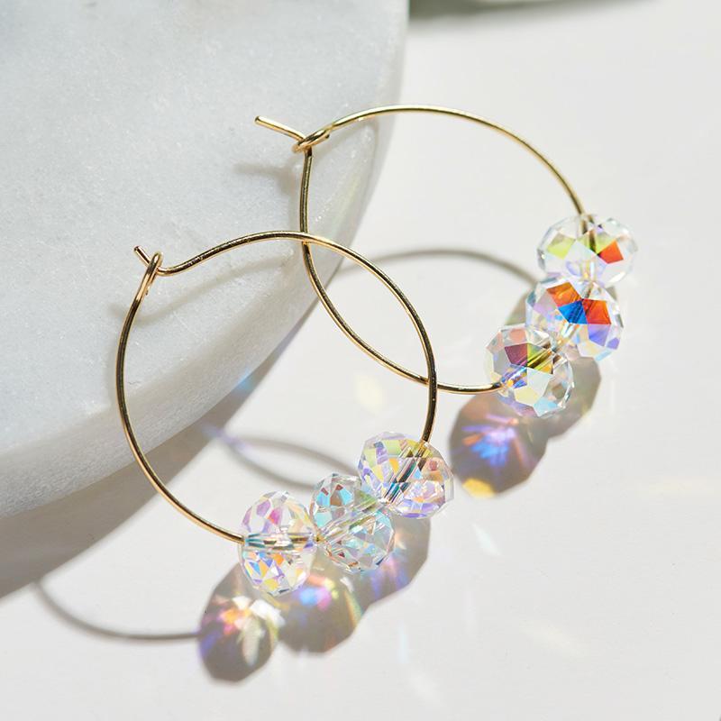 Baffin-Kristalle aus goldfarbigen Hoop-Ohrringe für Frauen-Party bunte Perlen Schmuck 2021 Hängende Ohrringe Geschenk