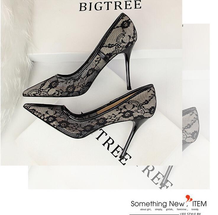 2021 nouvelles filles d'arrivée haute dentelle sexy talons pompes de mode automne des femmes en plein air mince chaussures à talons boîte de nuit rouge noir taille 40 pompes 39 # P62