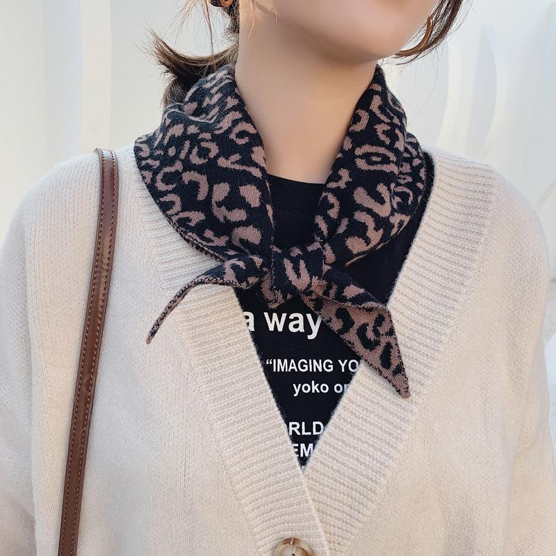 Вязаные шерстяные леопардовые принт треугольник шарф мужчин женщин осенью и зимой корейский двухсторонний теплый шарф шаль