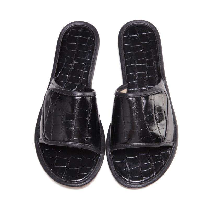 2021 Été Nouvelle Sandales plats Femmes Outdoor Open Toe Ajuster des pantoufles Fashion Beach Shoes Lady Chain Travel Aandal Plus Taille 43