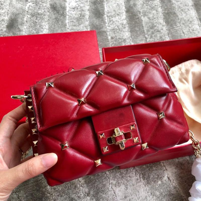 Top Quality Chain Crossbody Bag Rivet Shoulder Bag Sheepskin Real Leather Handbag Purse v letter Rotary Lock Flap Bag Wallet Clutch Bags