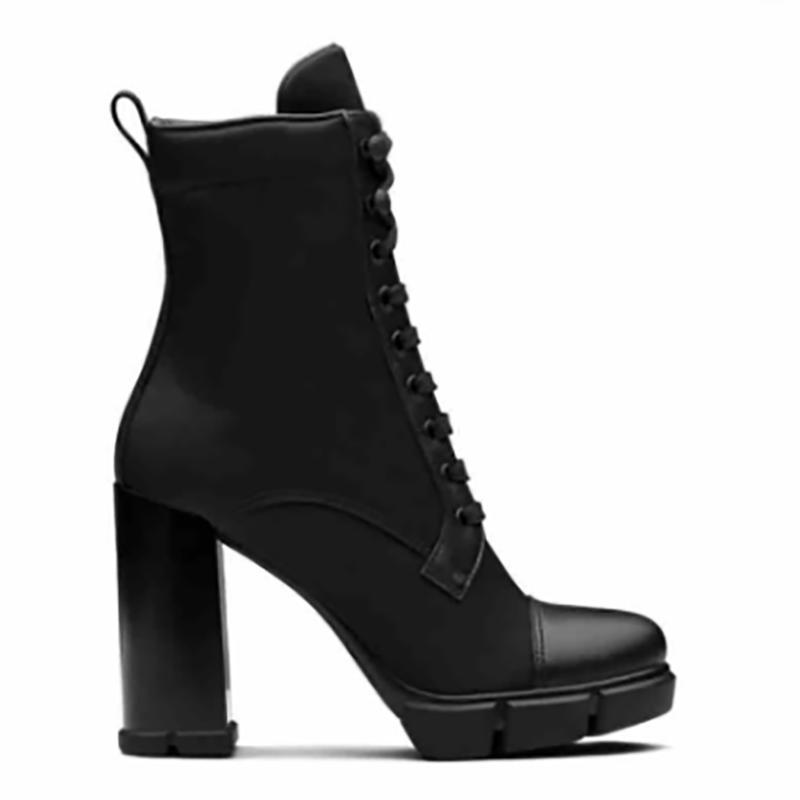 2020 Designer Plaque stivali alla caviglia con lacci 9,5 centimetri Donne in pelle nera di combattimento stivali tacco alto Moda Scarpe Inverno boot con Box