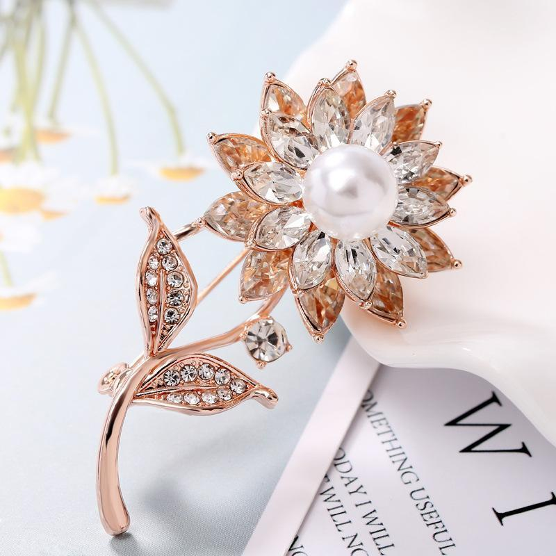 New hot Korean women's high-end small fresh style Brooch simple floral women's Brooch1