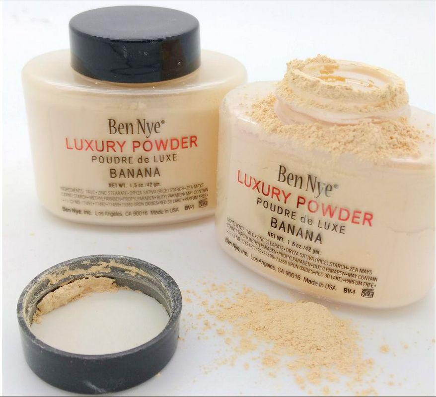 Gratis frakt eppacket nytt makeup ansikte naturligt ansikte lös pulver näringsrik banan ljusare långvarig! 42g