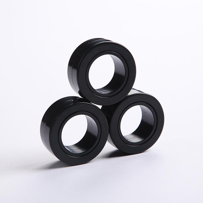 Manyetik Sonsuz Küp Basınç Oyuncak Fidget Eğiriciler Mıknatıs Blok Yüzük Parmak El Masa Oyuncak Döner Parmak Gyro Karakter HHB2305