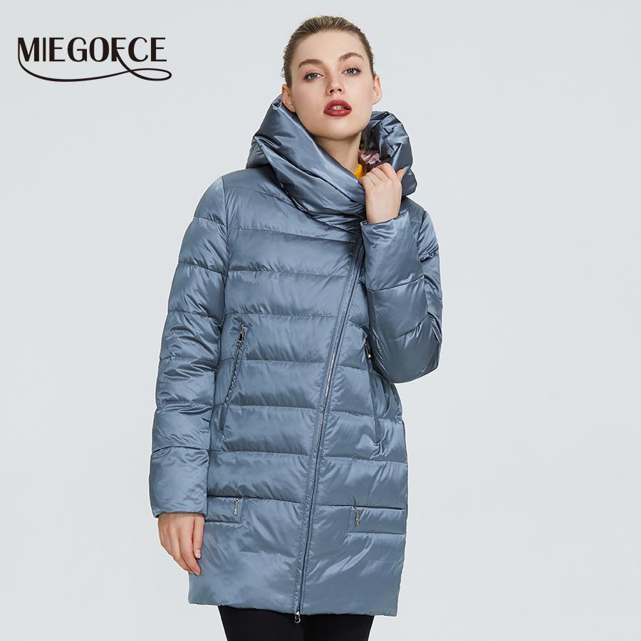 Теплая куртка MIEGOFCE Зима Женской коллекции Женской Женские пальто и куртка зима ветрозащитной стоячий воротник с капюшоном 200929