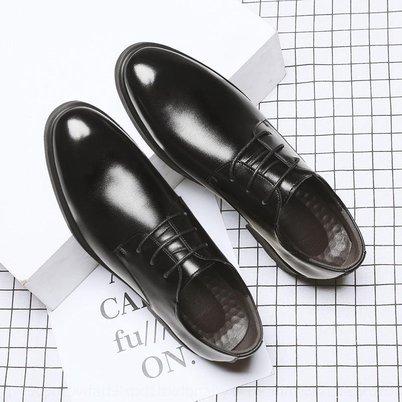 2020 di affari del cuoio scarpe calde moda peluche caldi nuovi uomini degli uomini vestito di primavera in pelle FvBOG scarpe casual