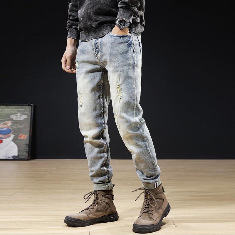 Estilo coreano moda homens jeans luz retro azul algodão elástico rasgado denim punk calças de bordado designer hip hop calça fina