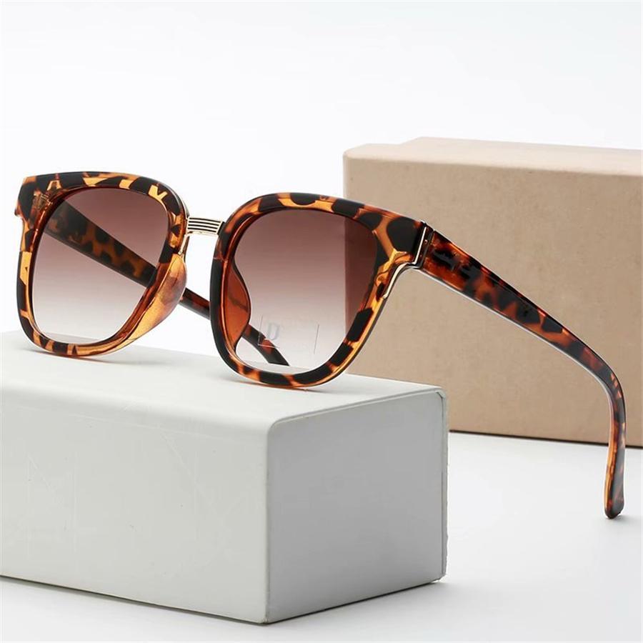 2020 Прибытие в стиле поступления Путешествия Популярные Солнцезащитные очки SQRE Унисекс Мужчины Par Classic Красочные Очки Винтажные Солнцезащитные Очки на открытом воздухе XFPPN # 97699