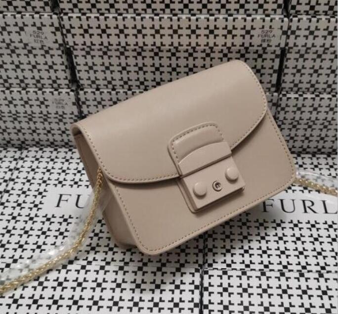 Designer Handtasche Tasche Echtes Leder Handtasche mit Buchstaben Umhängetasche Hohe Qualität Echtes Leder Satteltasche Sattel Schulter Handtasche 0022