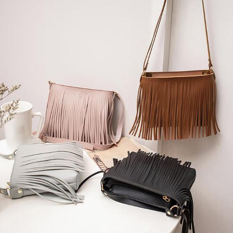 2020 Pu cuir femmes sac à bandoulière Messenger Sacs à bandoulière Femme Sac Glands Design Sac bandoulière