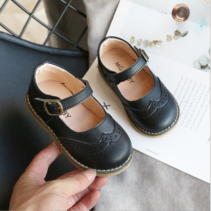 Bebekler Kızlar Deri Ayakkabı PU Patent Çocuk Daireler Küçük Orta Kız Çocuklar için Çocuklar Siyah Parti Ayakkabı Düğün Performans