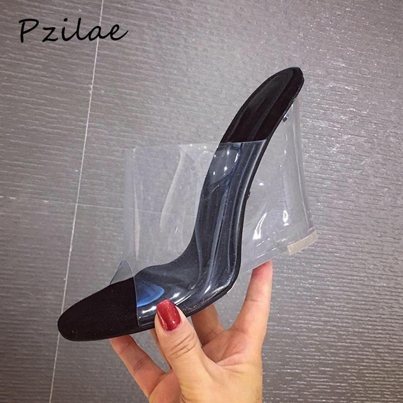 Pzilae 2021 Nuevas Mujeres Transparentes Cristal Cuñas Sandalias Moda Damas PVC Zapatillas Mujer Tacones Altos Zapatos Tamaño 35-41