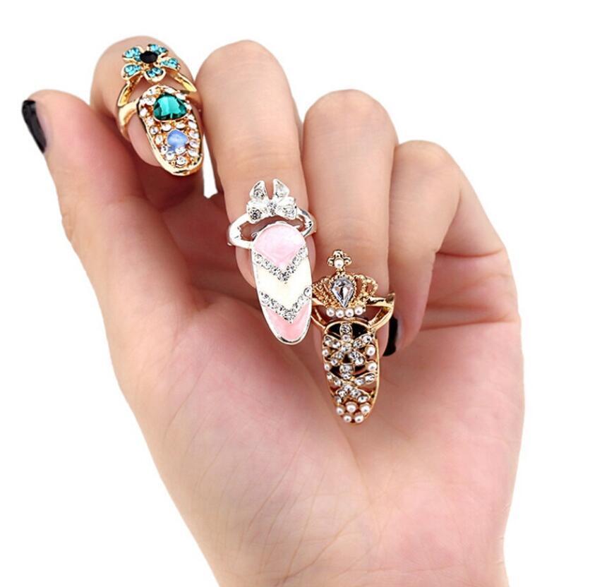 Kadınlar Lady Yapay elmas Tırnak Koruyucu Moda Takı 12 Style için Bowknot Tırnak Yüzük Charm Taç Çiçek Kristal Parmak Tırnak Yüzük