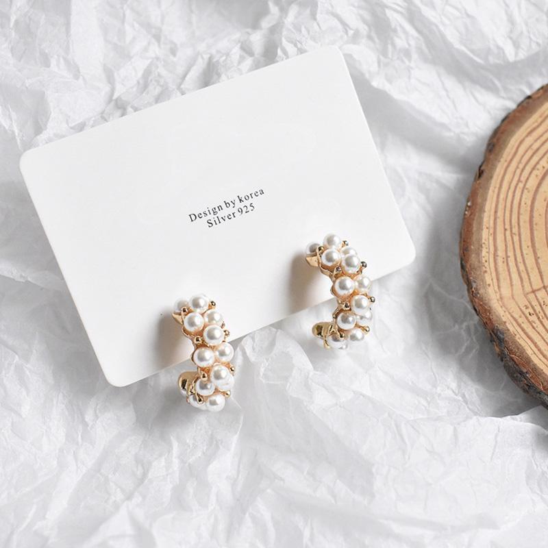 Mengjiqiao 2020 NOUVEAU Vintage Japon Coréen cerceau Boucles d'oreilles pour femmes à la main Sweet Sweet Simulé Pearl Circle Bijoux Pendientes Cadeaux1