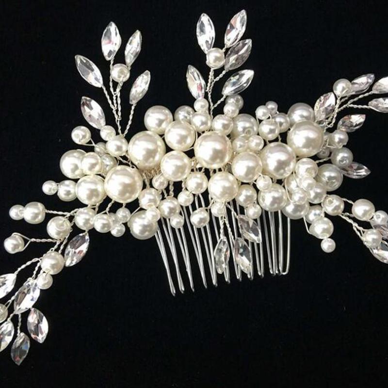 Diseño europeo Elegante cristal de la boda de los accesorios de la joyería de la boda para las mujeres Forma linda plateada plateada venta caliente peines de pelado