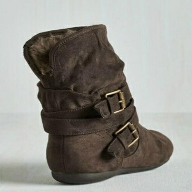 New Designer Snow Boot for Woman Girl Tobillo Rodilla de alta calidad Zapatillas de deporte de piel Entrenadores Dama para mujer Botas de invierno Zapatos de plataforma