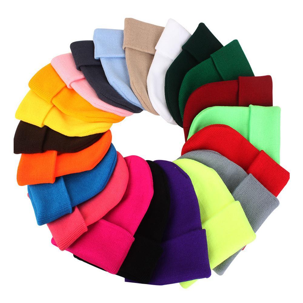 디자이너 모자 겨울 따뜻한 니트 모자 순수한 컬러 클래식 아웃 도어 패션은 성인을위한 힙합 모자 니트 w-00348