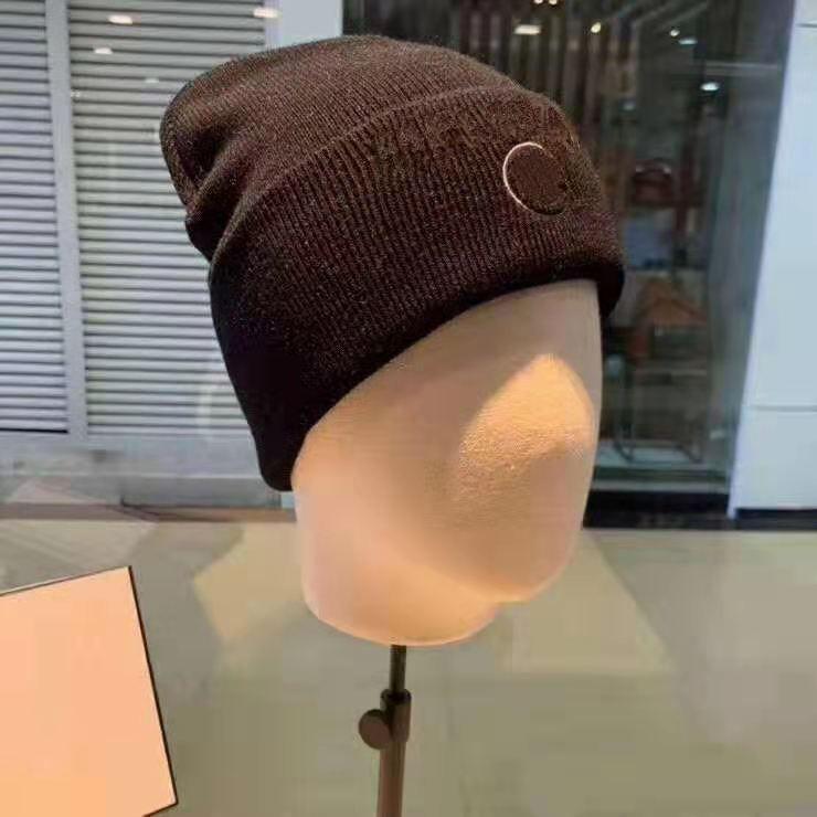 Cappucci del cranio a maglia a maglia 2 colori per gli uomini donne autunno inverno inverno caldo spestito di lana ricamo cappello freddo cappello moda moda con etichetta