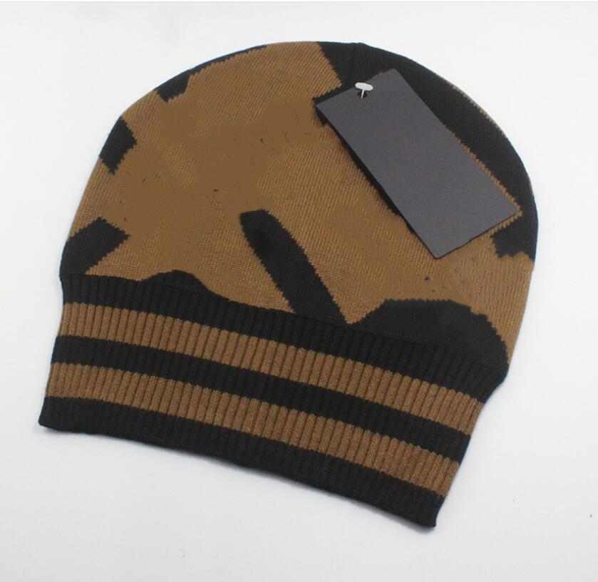 winter fashion new man Cool fashion hats woman Knitting hat Unisex warm hat classic Winter warm cap knitted hat 4 colors free shipping