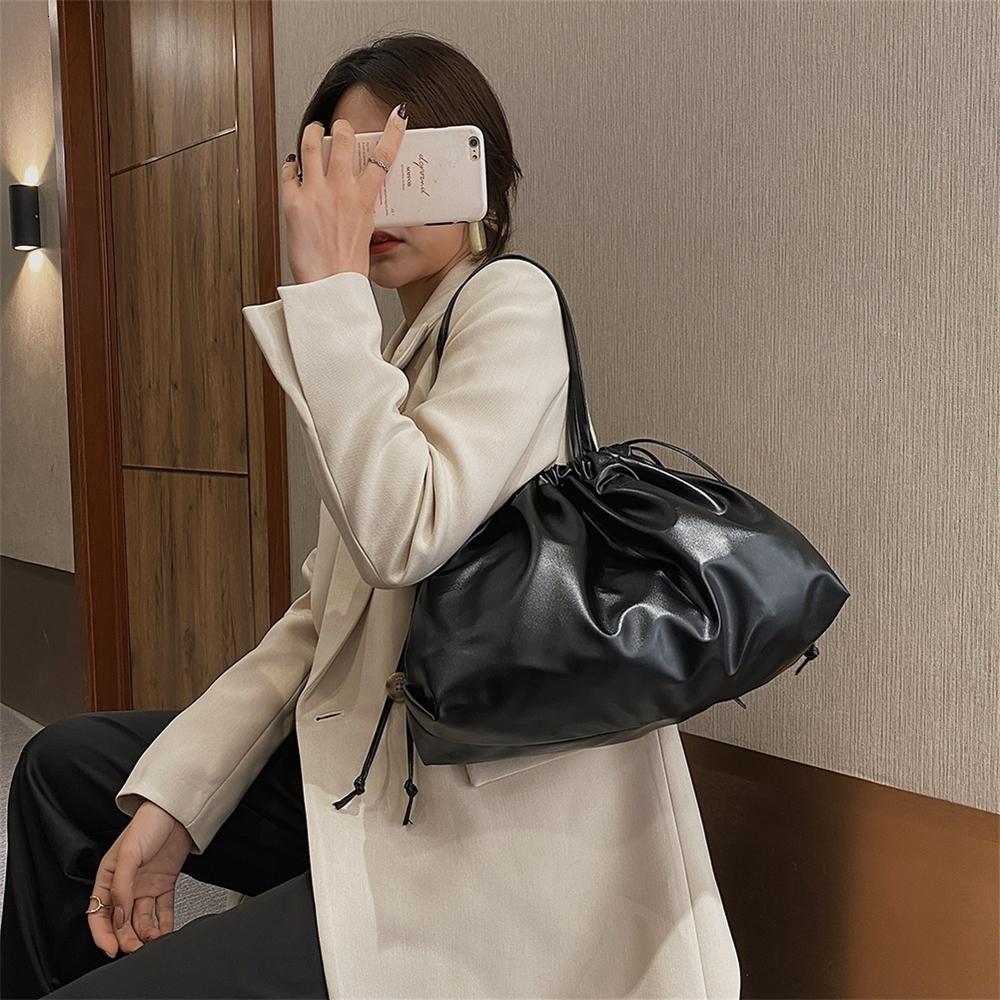 Feste für Kordelzug Dame Eimer Frauen 2020 Hand Umhängetaschen Tasche Weibliche Handtaschen Mode Geldbörsen und Kleine Farbe Crossbody Bag Xdrkg