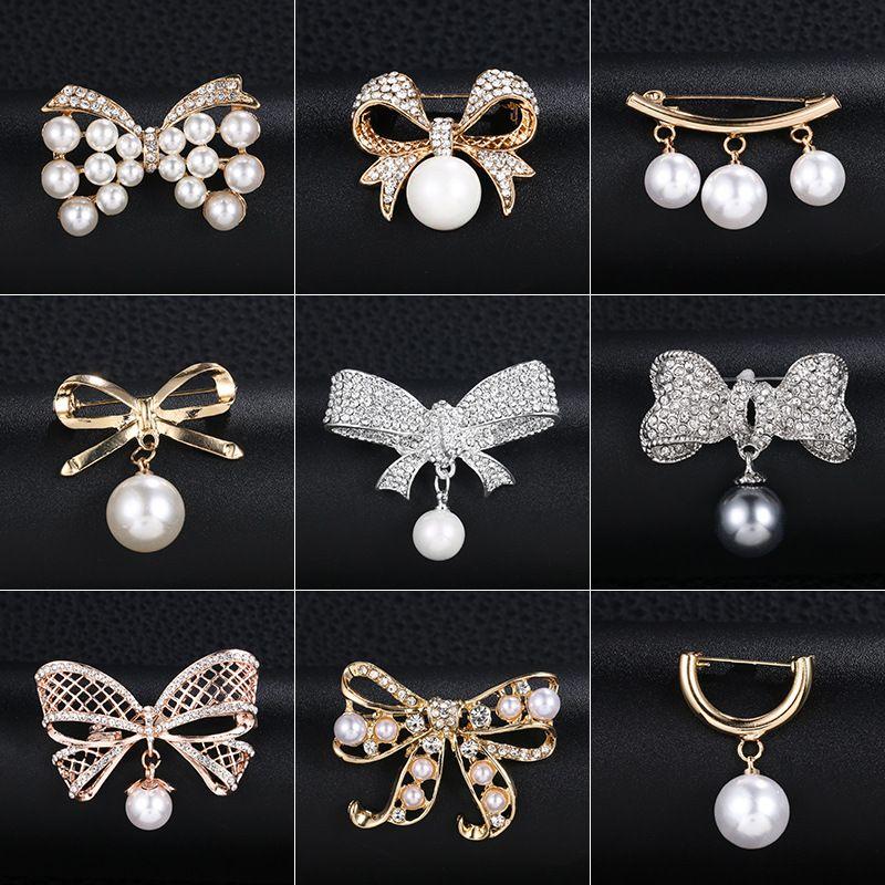 لؤلؤة بروش الكورية نمط كريستال الصدار القوس التعادل دبوس المضادة للوهج الياقة دبوس أزياء نسائية دبابيس الملابس مجوهرات للهدية الزفاف