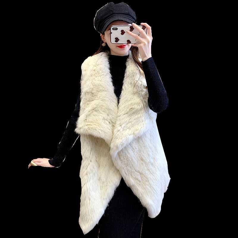 Pelliccia femminile Faux 2021 Russian Europea Fashion Warm Ladies Grande Poncho con cappuccio con cappuccio Pancoon Dog Trimming Big Hood Cape Scialle
