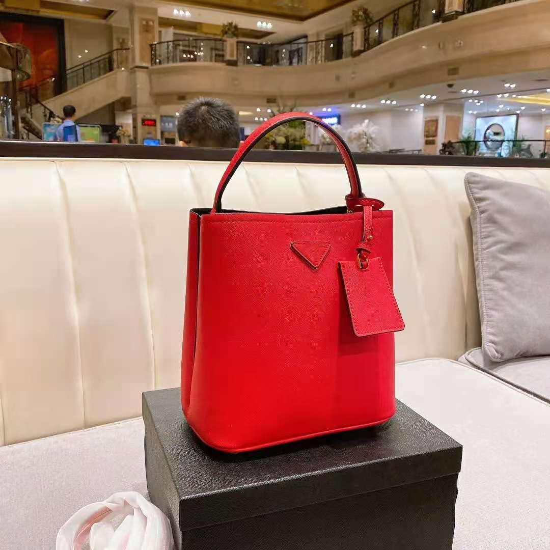 Сумка дизайнеры сумки сумки бренд мода качественные сумки плечо крест женщин высокие женские кожаные мешка ведро сумка для тела роскошь Frkav