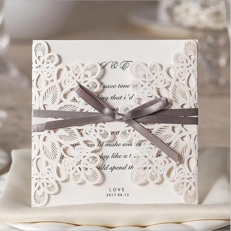 Nova Chegada Vertical Laser flor de corte Com Café bowknot convites do casamento, WM207 hqMH #