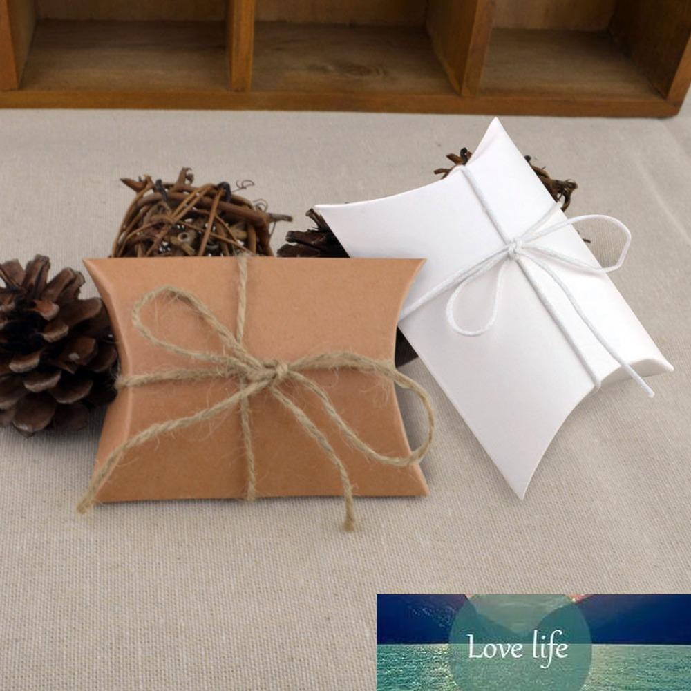 100pcs Beyaz kahverengi sevimli küçük yastık şekil şeker kutusu bağbozumu rustik düğün lehine taraf konuk hediye çantası kraft kağıt ambalaj