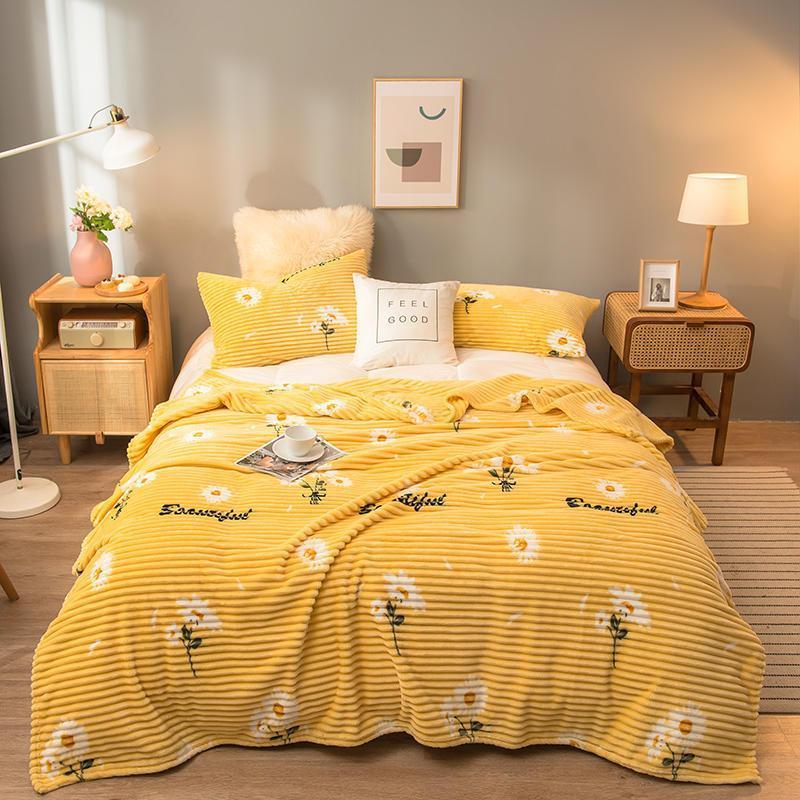 Mantas de girasol lanzan para sofá color amarillo suave cálido franela manta en la cama pequeña toalla en blanco
