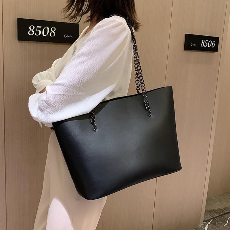 Grandes femmes sac fourre-tout grand chaîne sacs à main sac en cuir de mode pour Simple Noir Bolso 2020 Casual Purse Sacs Shopper Sacs et épaule cnbic