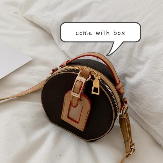 2021 Kadın Çanta Çantalar Tasarımcı Küçük Yuvarlak Omuz Çantaları Yeni Moda Lady Crossbody Çanta Mini Klasik Kadın Çantası